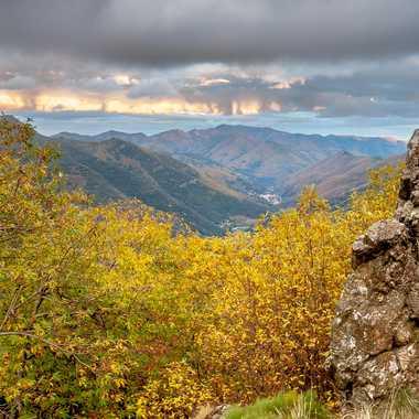 Vallée en cévennes à l'automne par Philoupi