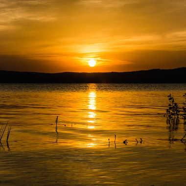 Dernier rayons sur le lac par Dav.sv