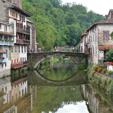 Pont sur La Nive par mamichat