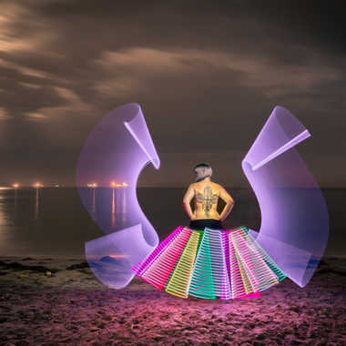 Danseuse sous la lune par Jose Fajardo
