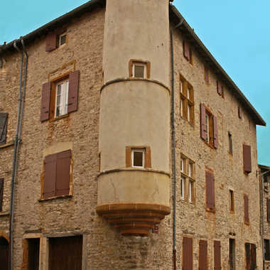 Maison des Sires de Châtillon par sunrise