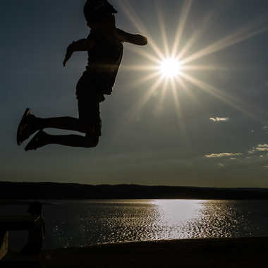 Sauter sur le soleil  par Dav.sv