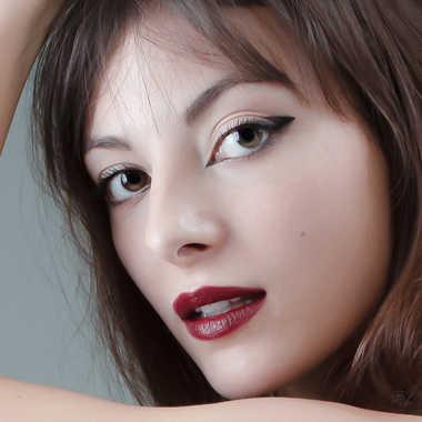 Juste un beau visage par Yves B
