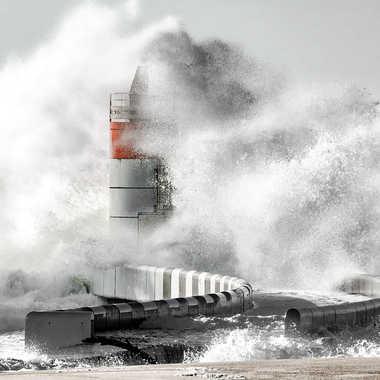 Forte houle et océan déchainé... par Slash63