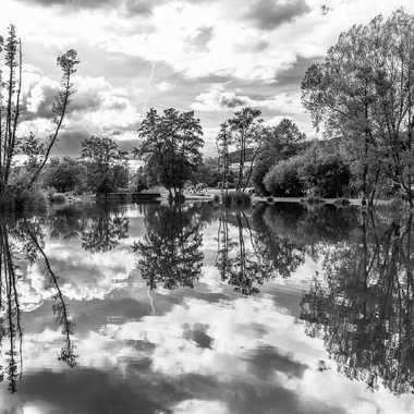 Lac du Môle N&B par zimzoom74