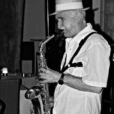 Saxophoniste  par mamichat