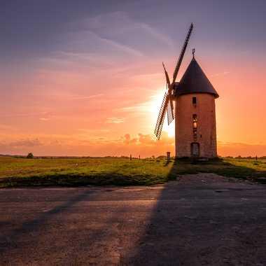 Moulin au coucher du soleil par 3pphoto