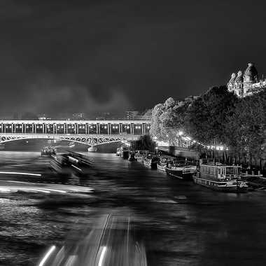 Nuit Parisienne par Valérie Tirard