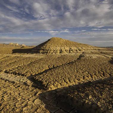 Pyramide de sable et d'argile par Colybri